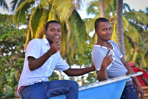 These guys asked me to snap their picture while enjoying the seaside.