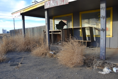 Abandoned tourist market, Conway Texas