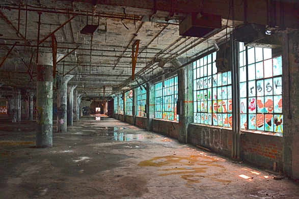 The architect of the Fisher Body Plant #21 installed blue glass windows to enhance the mood of the workers.