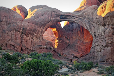 Double Arch is short distance from Darth Vader rock... and actually did show up in Start Wars movies.