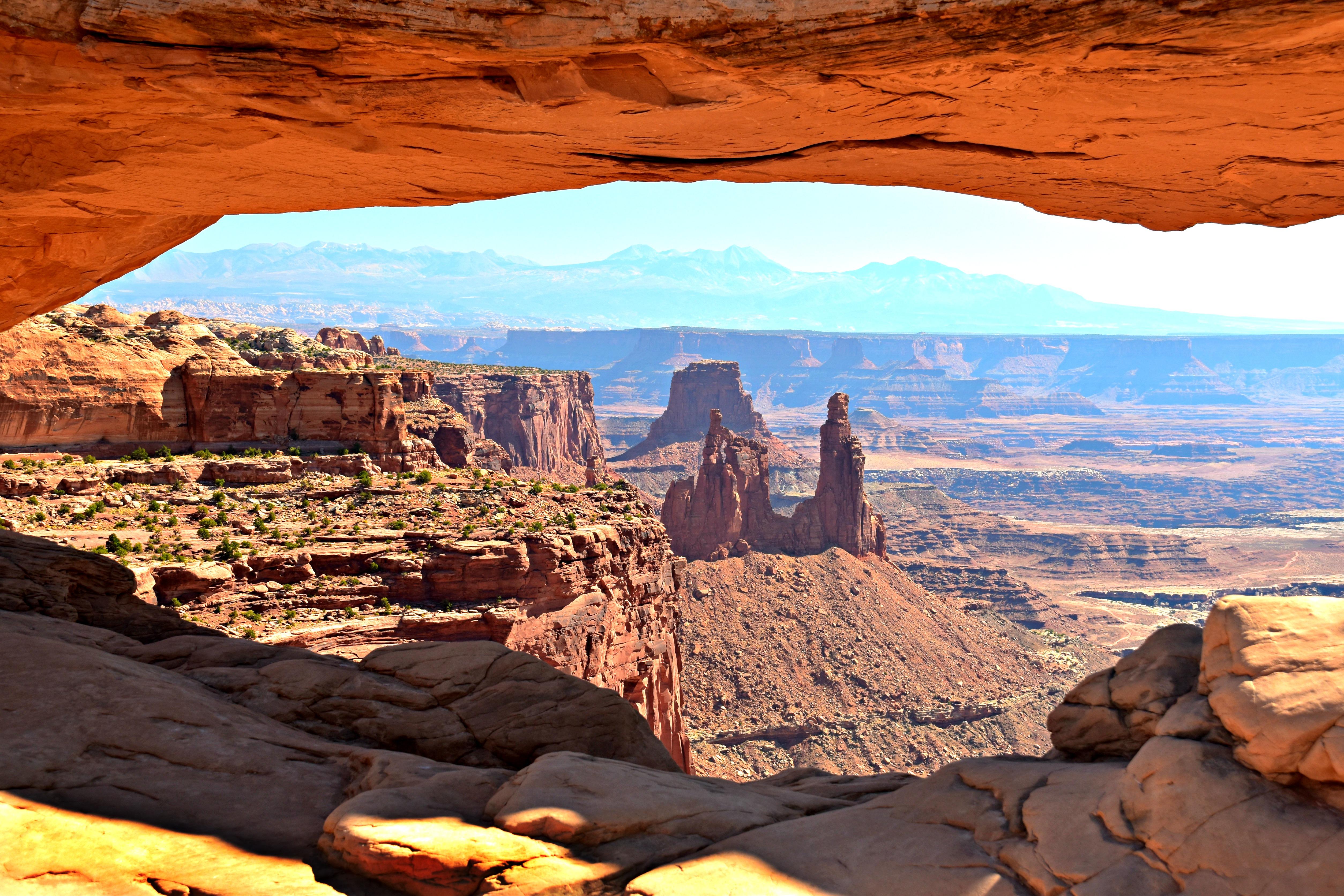canyonlands-mesa-arch-fix