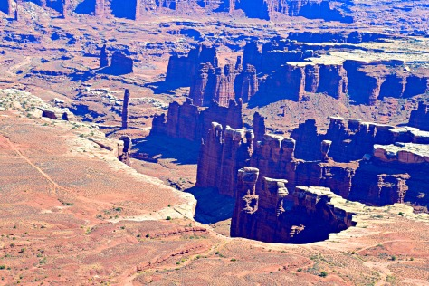 canyonlands-monument-basin-edit