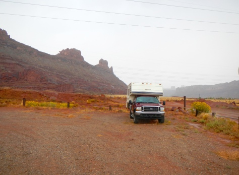 7 Mile Parking is surrounded by the rugged terrain of southern Utah.